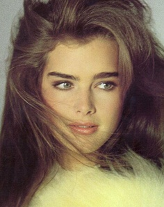 brookeshields_eyebrow